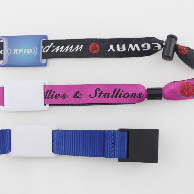 RFID woven wristband tag