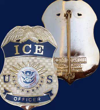 Gold US Police Officer Badge