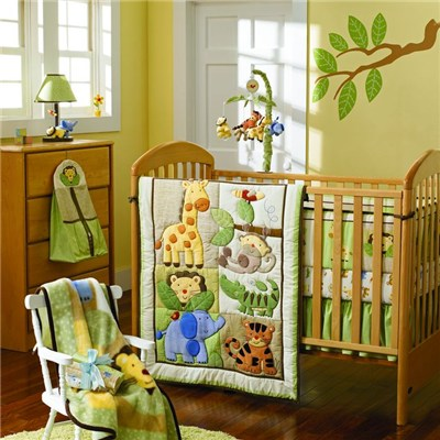 Animal World Green Color Theme Baby Boy Bedding 9pcs Crib Set