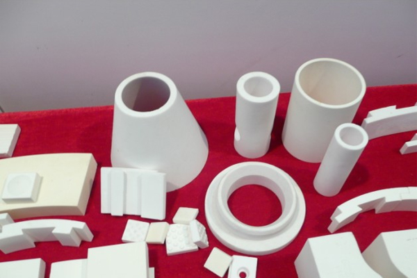 High hardness Alumina cylinder tube suppliers/manufactures in China