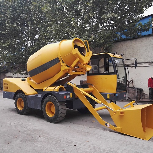 4x4 4 wheel drive 4WD mobile concrete mixer with loader weighting system 4 wheel steering and loading scale with printer