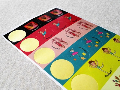 Cheap color paper sticker printing company in china
