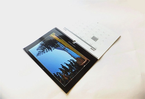 A4 wall hang calendar printing service in china