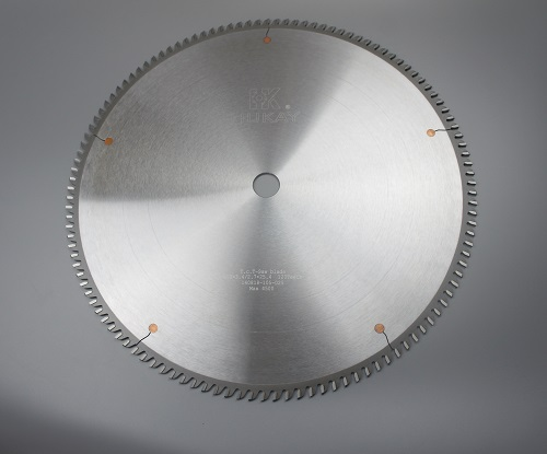 High quality clean cut carbide tip aluminum cutting circular saw blade