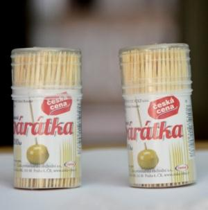 Wholesale natural disposable bamboo toothpicks with plastic bottle