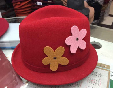 top quality winter fake wool felt hat with flowers