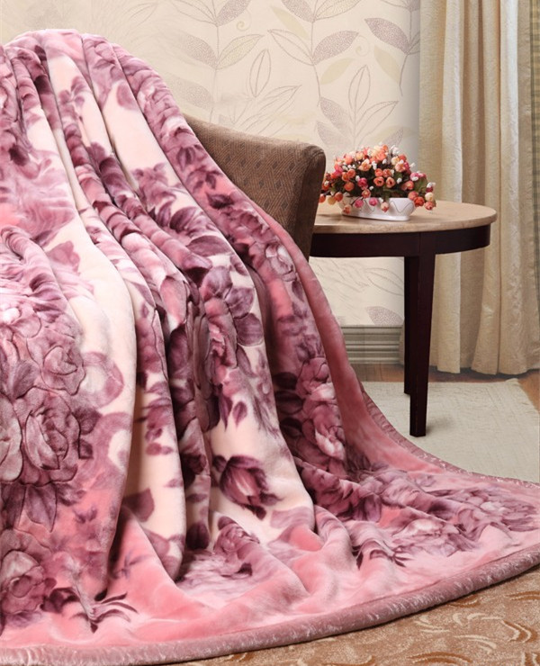 Warm soft flower printing double layer thick polyester raschel blanket