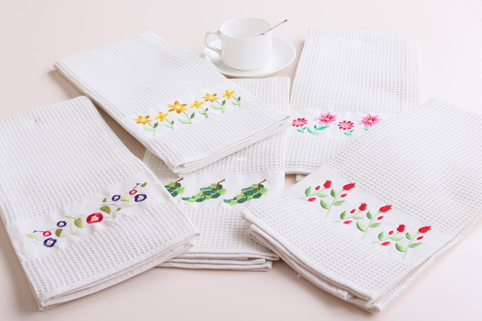 Cotton waffle kitchen tea towel with embroidery logo