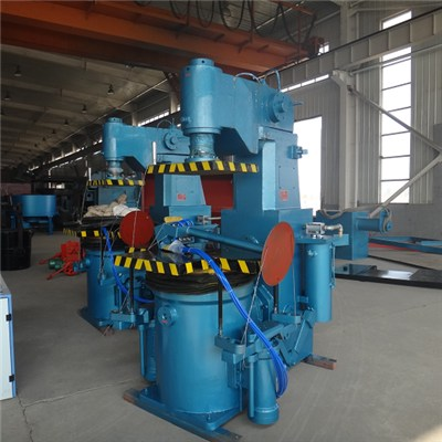 Jolt Squeezing Molding Machine