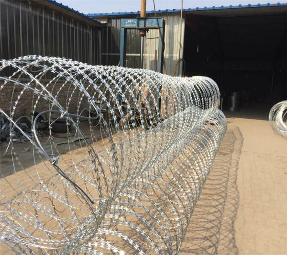 Razor Wire Supply Prison Highway