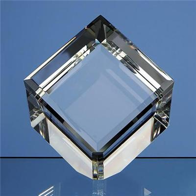 Beveled Edged Crystal Cube