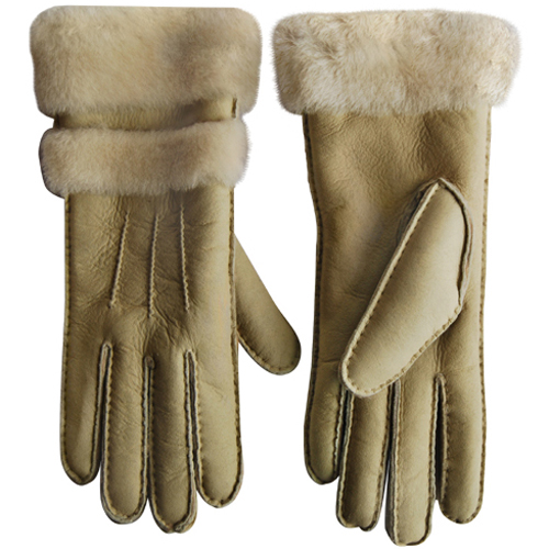 UGG Fur Gloves Chestnut
