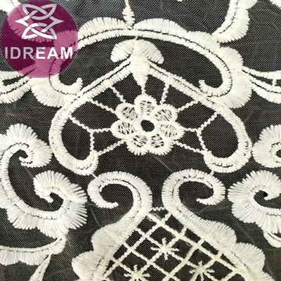 Fashion Design Water Soluble Embroidery Chemical Venise Lace Fabric