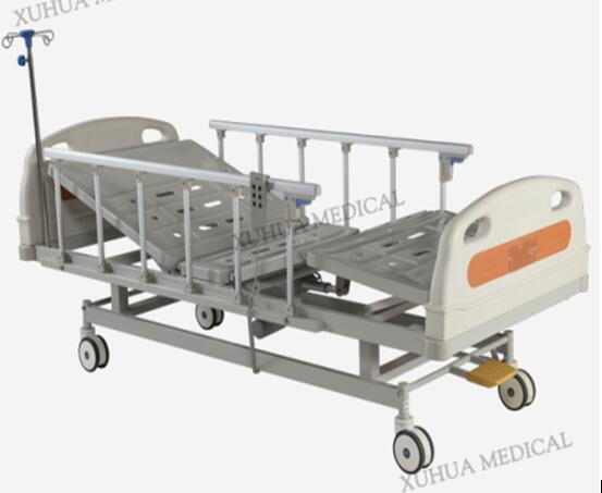CE standard Three Functions Electric Hospital Bed with Central Braking Casters Model XHD-3B