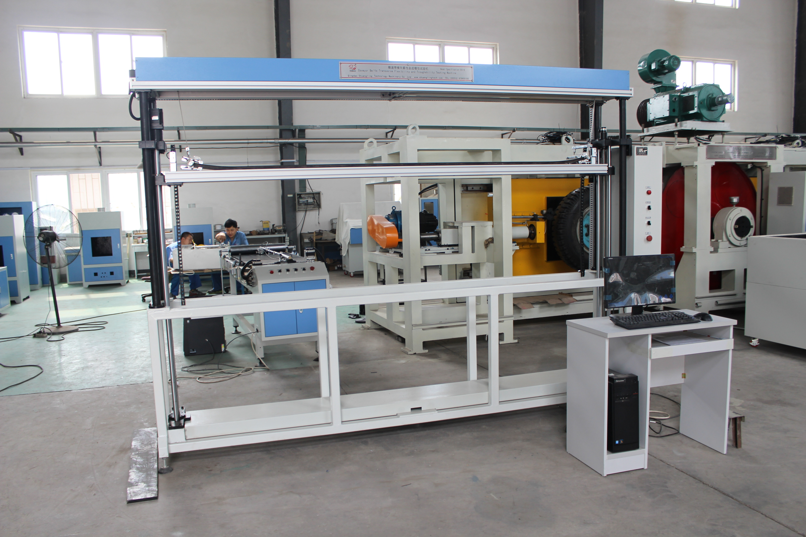 Conveyor belt troughability test machinery