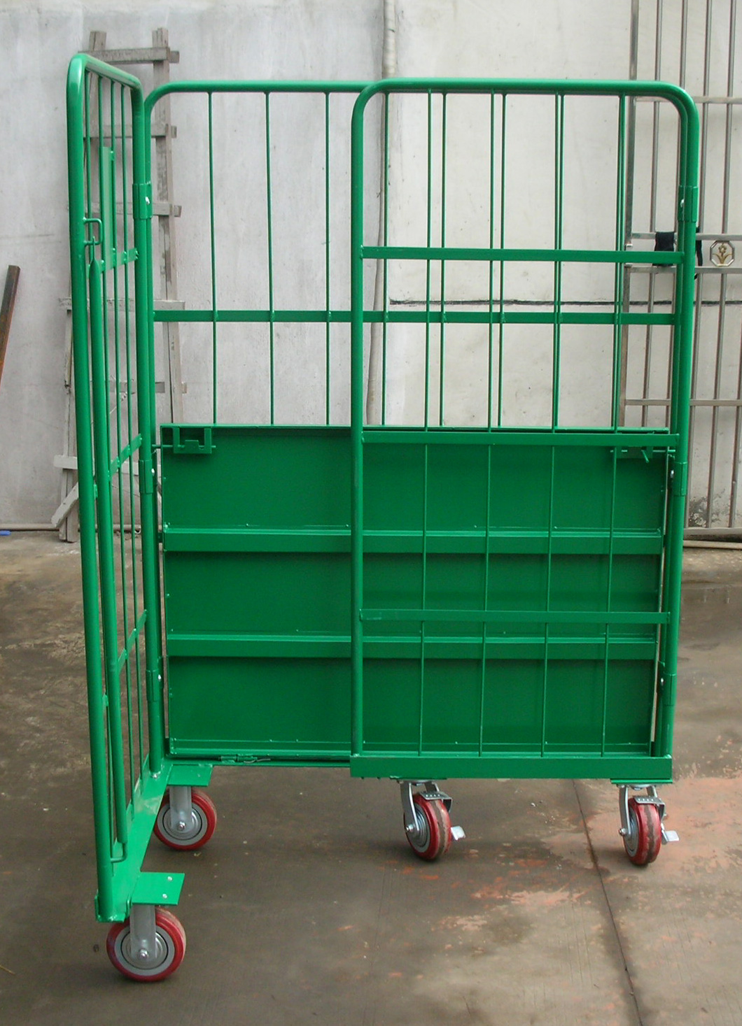 Table trolley with wheels supplier in China