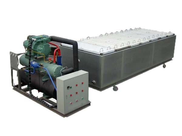 Commercial use of large ice machine in China