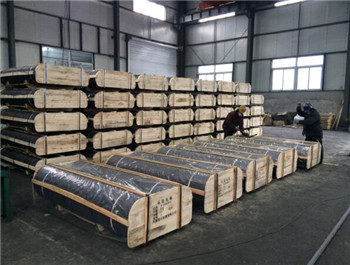 China high quality graphite electrode manufacturer for submerged arc furnace
