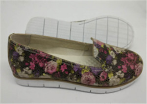 Beige suede leather shoes with flower printing (style no.CAS66008-CY,BRAND: CARE)