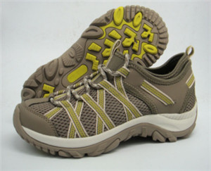 Beige mesh upper training shoes with colored webbing ornament(CAS61004, BRAND:CARE)