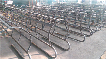 Straight Steel ladder with safety cage