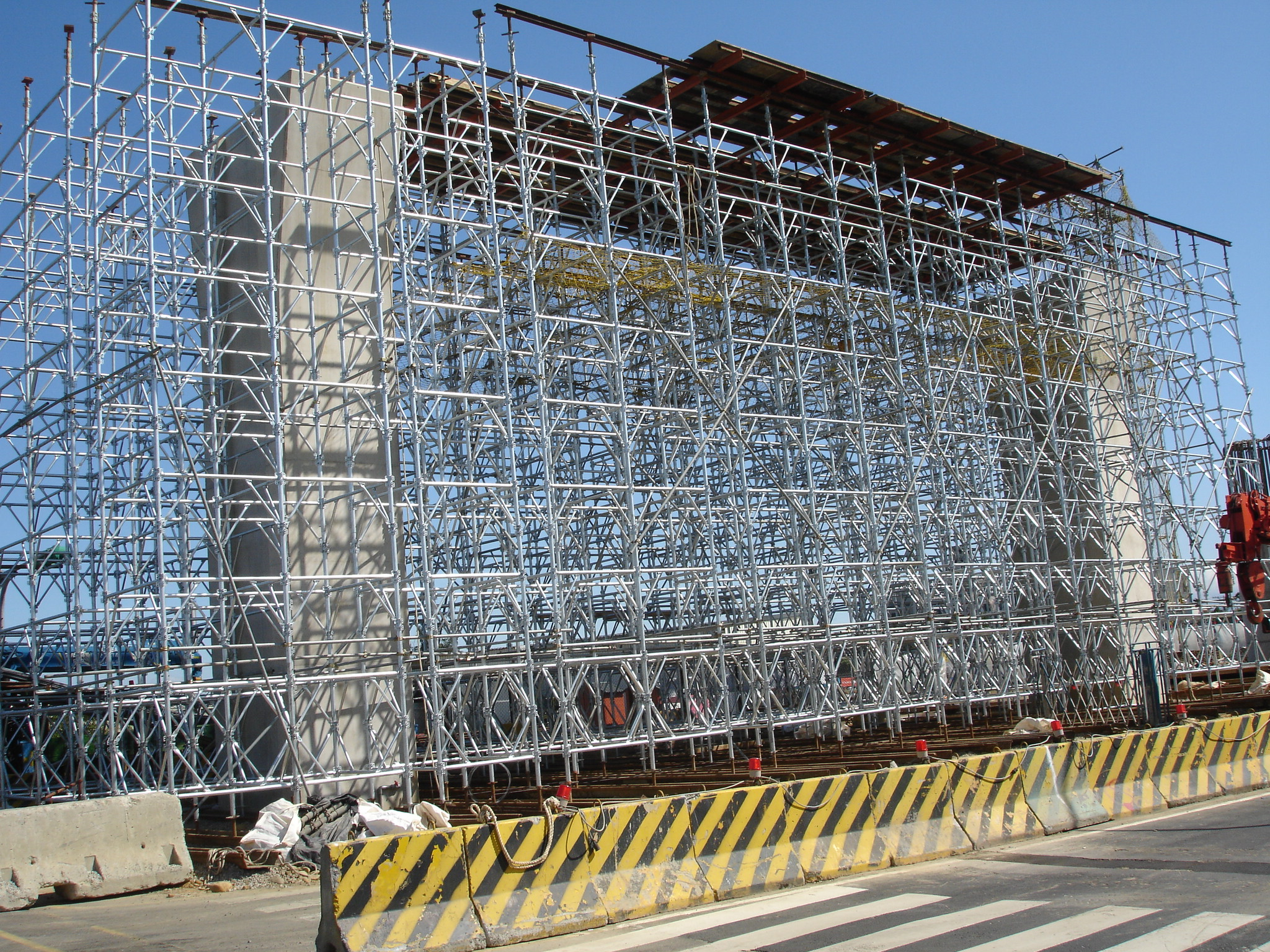 Scaffolding, formwork, accessories