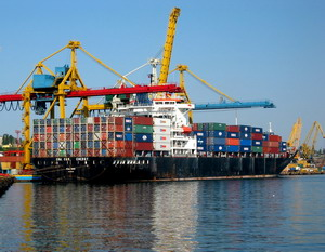 Forwarding of import, export, transit cargoes, customs clearing  in  Ukraine ports