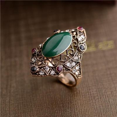 Vintage style Coffee Gold Plated Archaize Gem Ring for charm lady, fashion rhombus ring with green gemstone