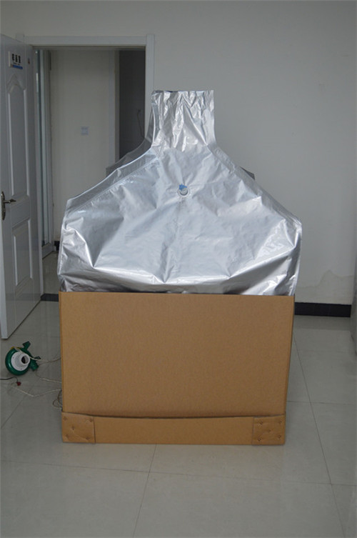 Aluminum foil liner for bulk dry industrial products