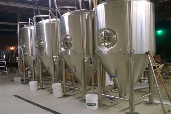 2500L beer fermentation tanks China fermenter design cone angle tank