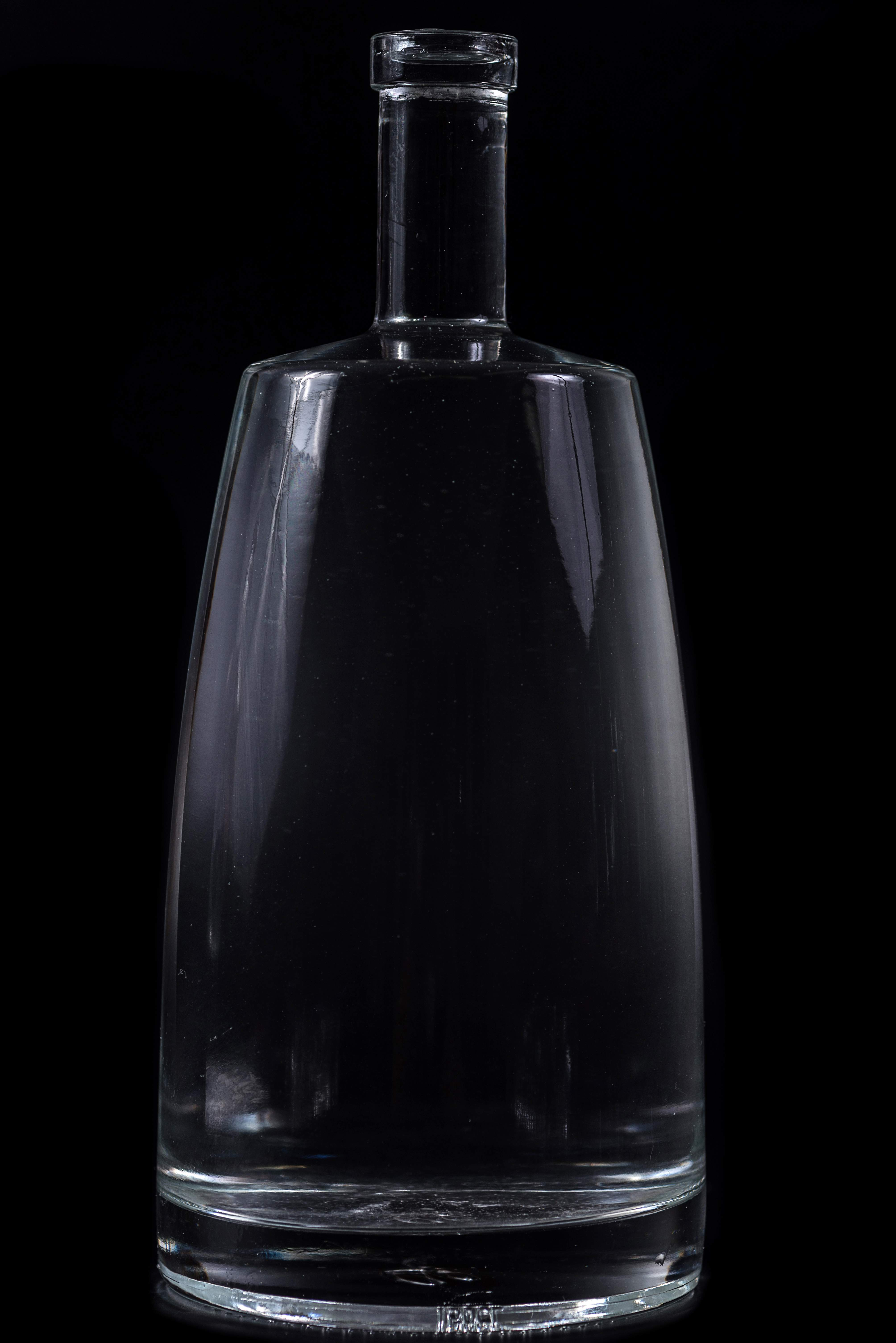 Vodka glass bottle/ glass bottle for wine/brand glass bottles