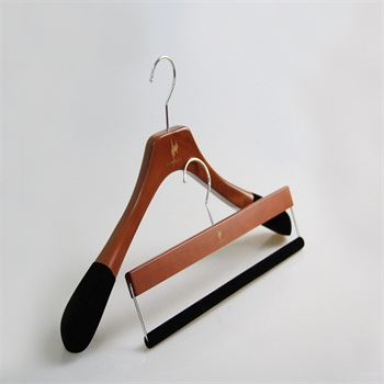 Top quality wood clothing hanger garment hanger