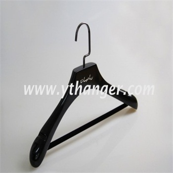 hot sale wooden hanger with bar for women suit