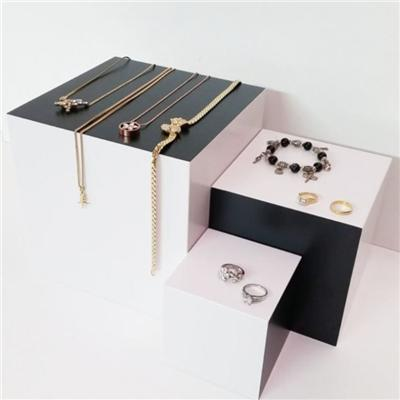 Craft Show Wood Riser Jewelry Display Cube Set For Shop Window
