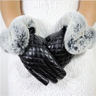 Made in China Low Price Fashion Warm Black Square with Cony Hair Women PU Winter Gloves