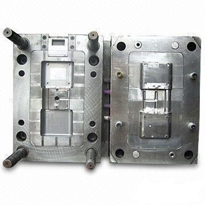 Switch Plastic Injection Mold Making