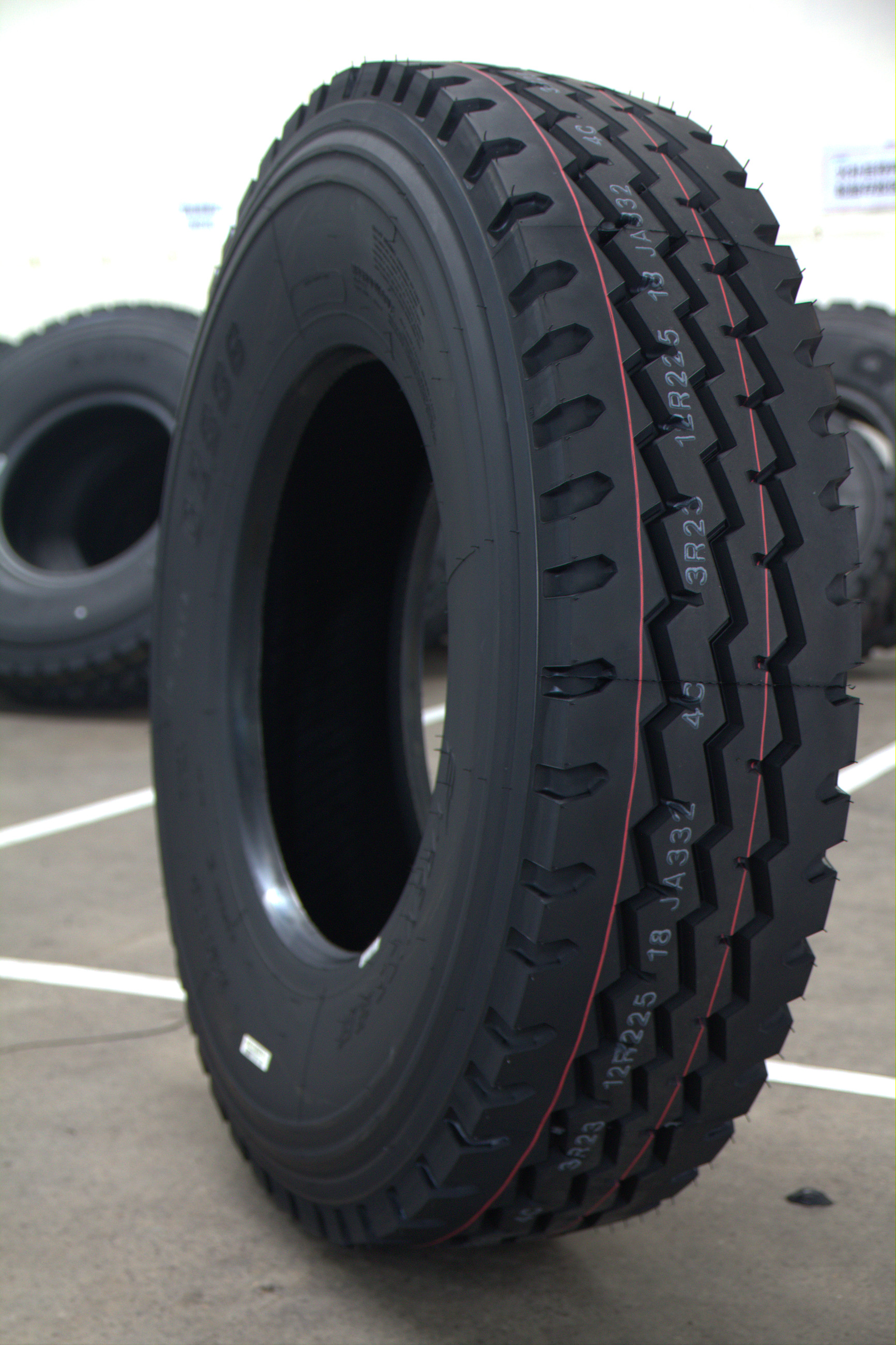 11R22.5 11R24.5 315/80R22.5 12R22.5 13R22.5 CHINESE BRANDS ZERMATT HIGH QUALITY NEW TRUCK TYRES PRICE RADIAL