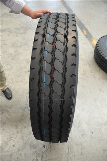 High quality China manufacturer radial truck tyres11r22.5,11r24.5,295/75r22.5,285/75r24.5