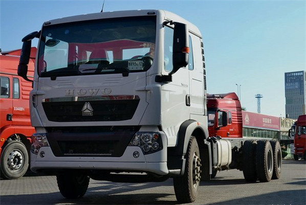 Hot sale HOWO T5G 6X4 truck supplier