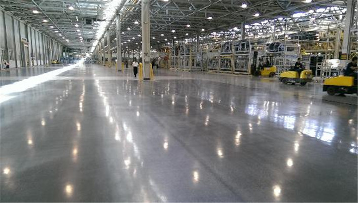 Impact and Pressure Resistant Emery Flooring for Large Shopping malls or Storehouses