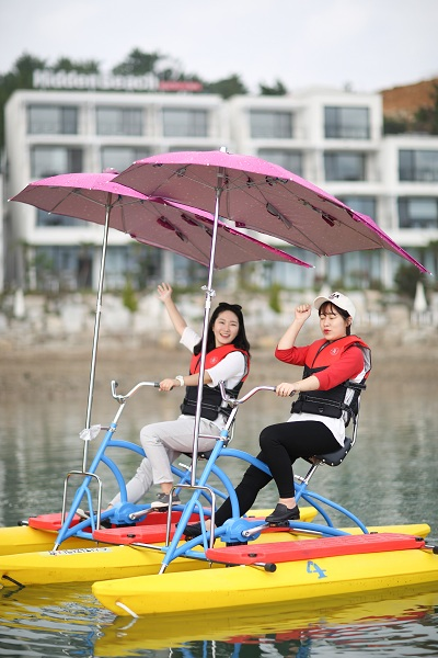 2 Person Adult  water bicycle