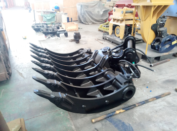 excavator tilting rake with teeth for farming work