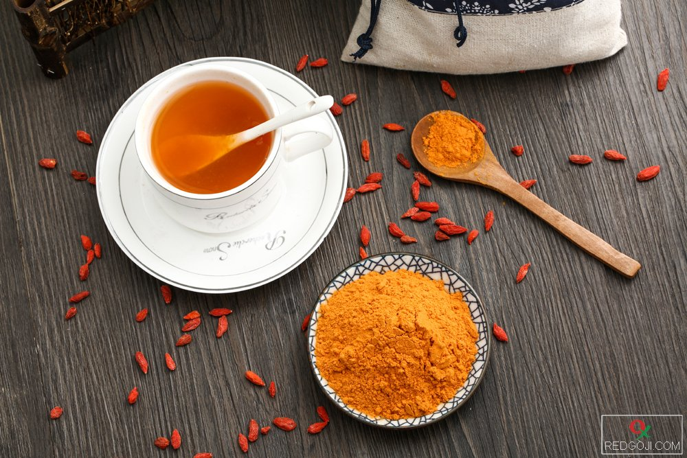 Dried goji berry powder