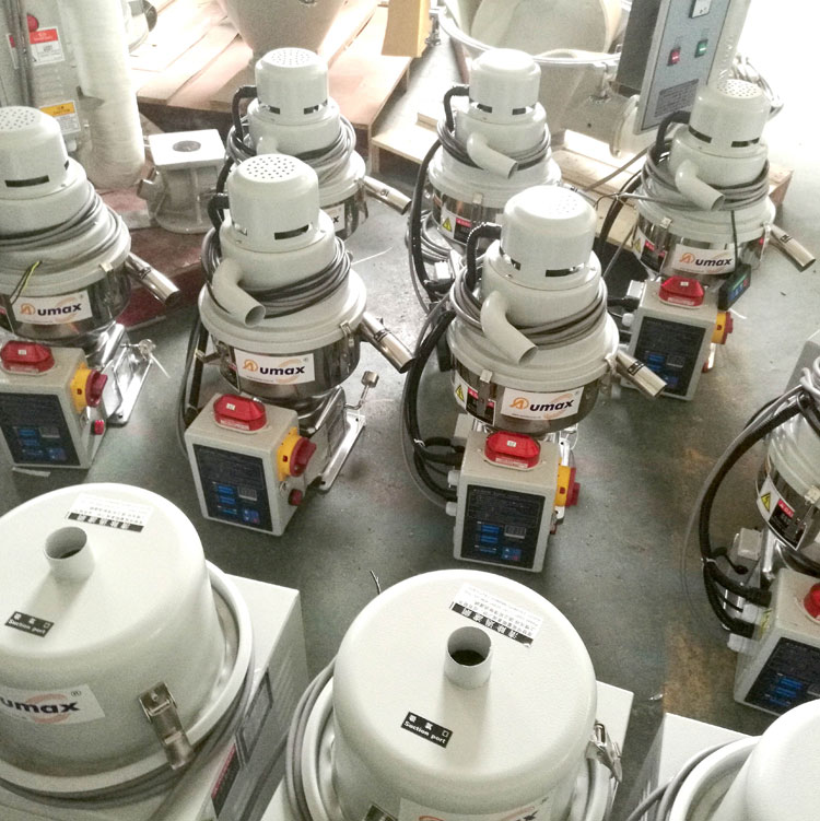 Self-contained Vacuum Autoloader