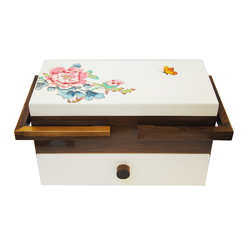 various luxuary models wooden gift boxes