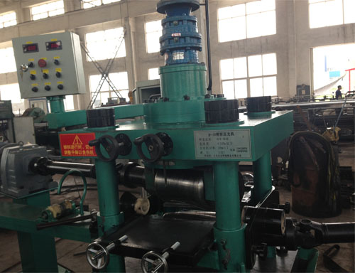 China Manufacturer of Two-Roll Straightening Machine