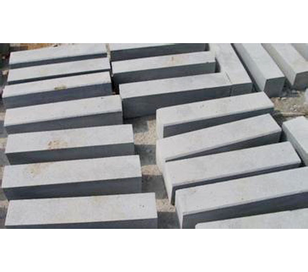 Factory Promotion grey pearl flower granite kerbstone/Curbstone supplier