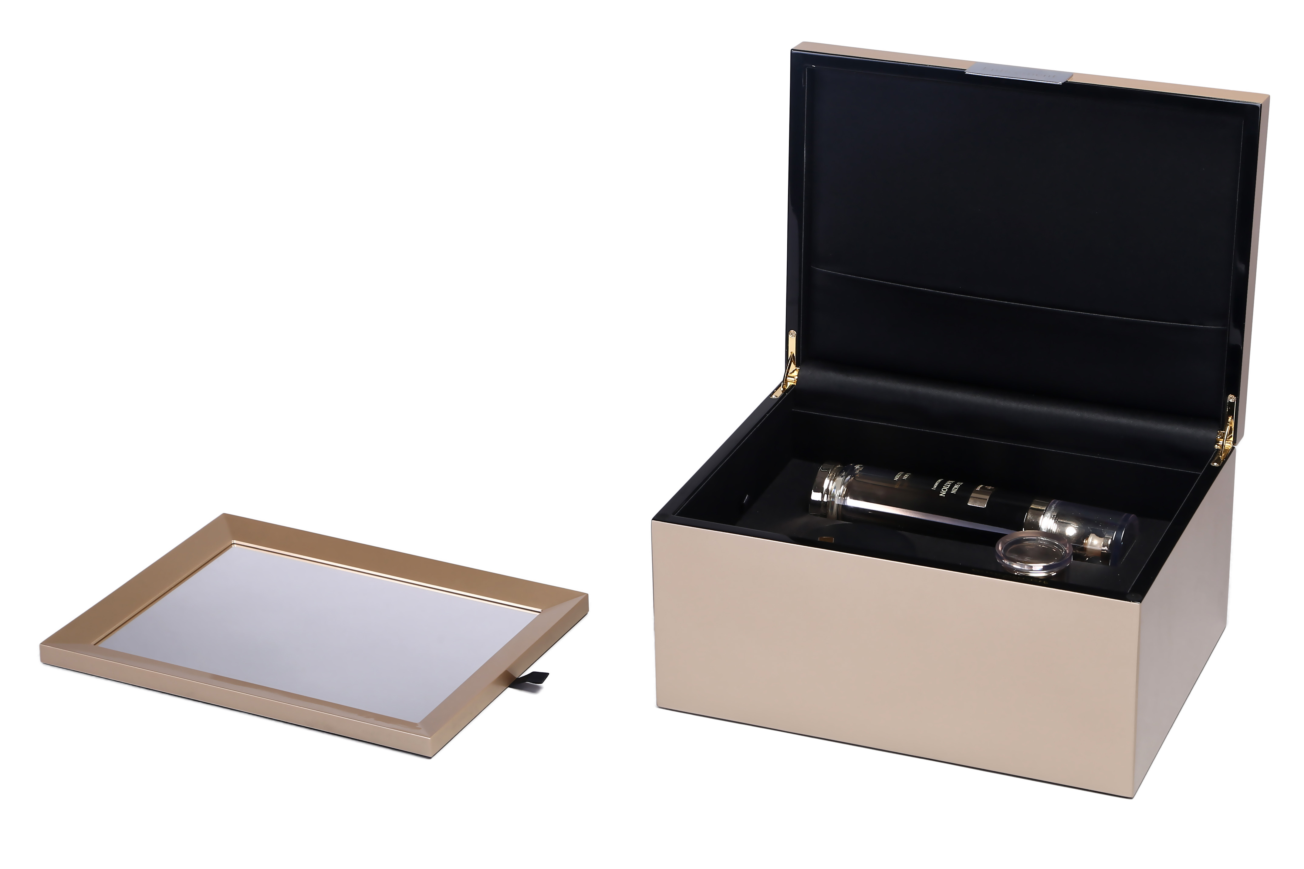 Luxury Glossy Lacquered Wooden Makeup Packaging and Cosmetic Box
