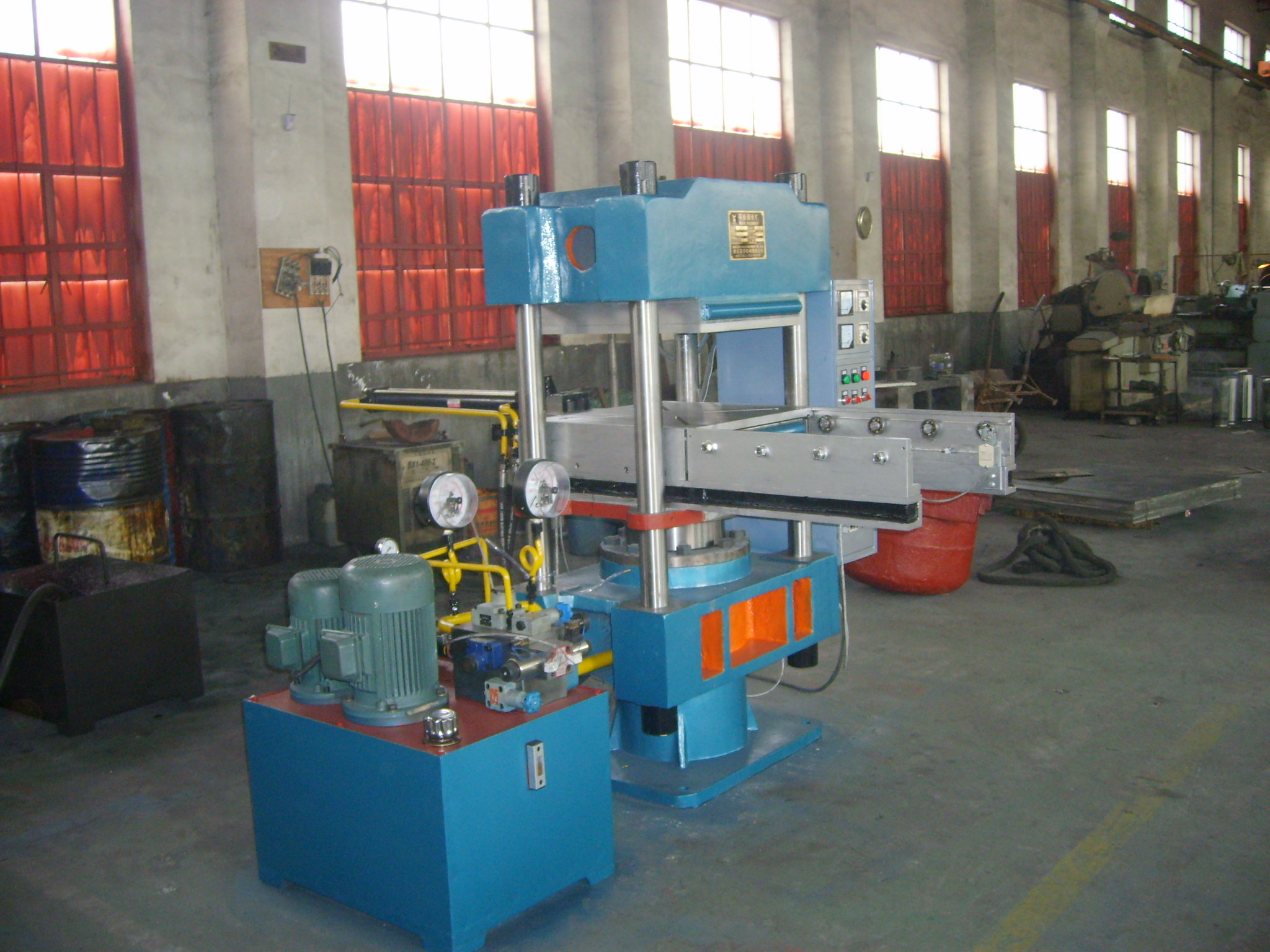automatic push-pull mold vulcanizing machine