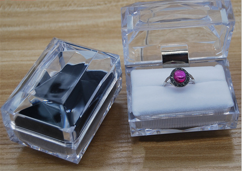 Transparent Crystal glass jewelry box packaging supplier